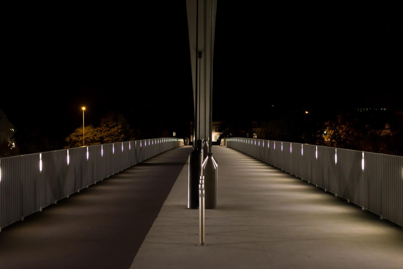 Maastricht Hoge Brug by Night